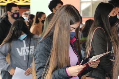 Finaliza hoy el pago de becas universitarias a jóvenes estudiantes de Itapúa