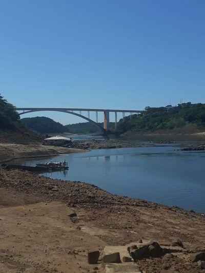 Bajantes de ríos Paraguay y Paraná frenan exportación sojera