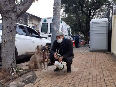"""Conocé la tierna historia de Ciro y Jack, los perritos """"de la suerte"""""""