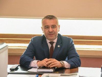 Tras candidatarle como intendentable, Abdo nombra viceministro a Dani Centurión