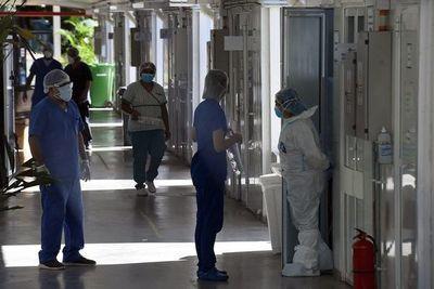 Coronavirus: médicos piden acelerar vacunación ante riesgo de la variante Delta