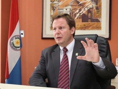 Ministro de la Corte afirma que amparos sobre Itaipú deben resolverse cuanto antes