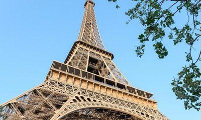 Reabren la Torre Eiffel luego de permanecer cerrada por 9 meses