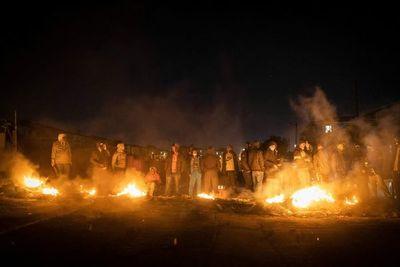 Suben a 212 los muertos por disturbios y saqueos en Sudáfrica