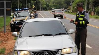 Policía Caminera multará desde hoy a quienes circulen con habilitación y registro vencido