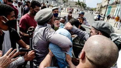 CPJ exige a las autoridades cubanas liberar de inmediato a periodistas detenidos
