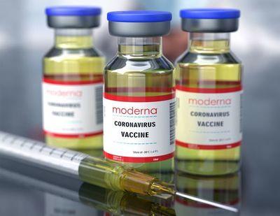 Índice S&P incluirá a Moderna y cotización del fabricante de vacunas sube en Wall Street