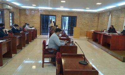 Concejales aprueban suba de pasaje a Gs. 3.500 y se levanta paro de buses en CDE
