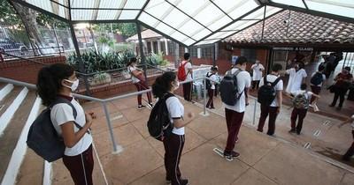 La Nación / En agosto aumentaría la presencialidad de alumnos en las aulas