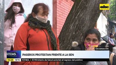 Paseros de Encarnación protestan frente a la SEN