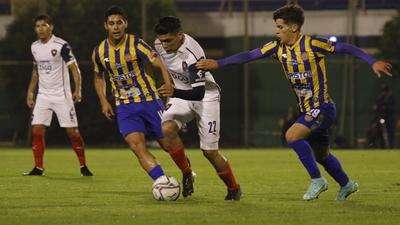 Luqueño y Cerro abren el Clausura con un vibrante empate