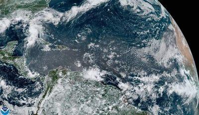 El Huracán Felicia se intensifica a categoría 4 muy lejos de costas mexicanas