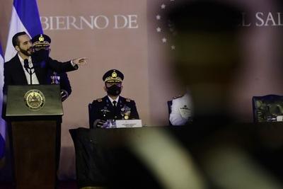 El Gobierno salvadoreño buscaría crear su propia criptomoneda, según El Faro