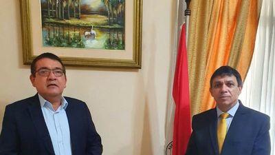 Santa Cruz llega al CM y promete enfrentar a Cartes