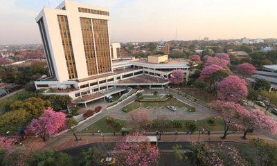 Diputados proponen reducción de número de concejales en Asunción
