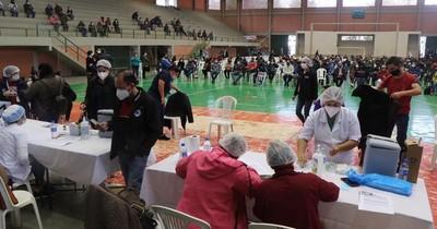 La Nación / COVID-19: se vacunaron en Alto Paraná 43 mil personas en cinco días