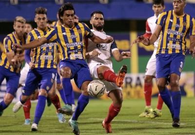 Paridad sin goles entre Luqueño y Cerro Porteño