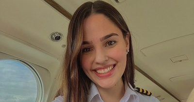 Ana Paula Céspedes, la modelo de alta costura que surca los cielos