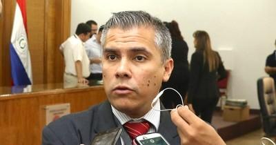 La Nación / El apoderado del Partido Colorado critica la indignación selectiva de empresa gastronómica