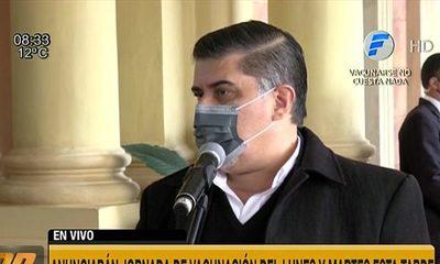 """Ministro Julio Borba: """"Bajar el rango etario depende de la llegada de más vacunas"""""""