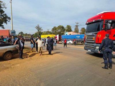 Conflicto con camioneros pone en riesgo las agroexportaciones