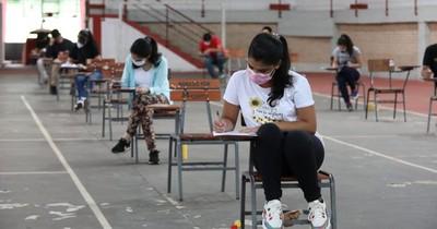 La Nación / Itaipú busca incorporar a 179 profesionales paraguayos