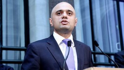 El ministro de Salud británico dio positivo en coronavirus, en plena expansión de la variante Delta