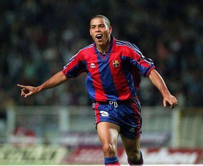Hace 25 años, Ronaldo fichaba por Barcelona