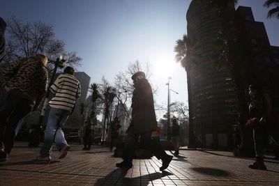Primarias presidenciales arrancan en Chile con temor a baja participación