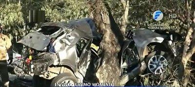"Lamentable: Fallece hijo del ""Chiqui"" Arce tras accidente en autopista Ñu Guasú"