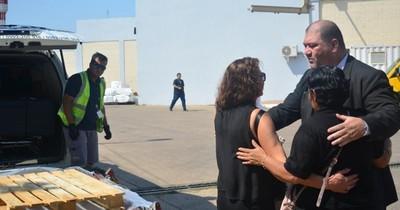 La Nación / Repatriarán restos de paraguaya fallecida por COVID en África