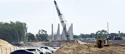 MOPC autoriza sobrecosto de US$ 17 millones en obra del puente a Chaco'i