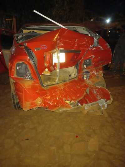 """""""Toretto"""" se lleva por delante dos vehículos en Hernandarias"""