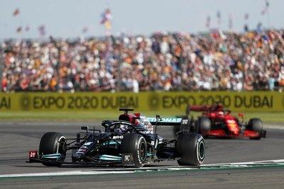 Controversial victoria de Hamilton en Silverstone luego de un polémico choque con Verstappen