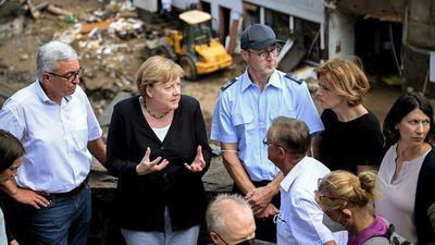 """Alemania: Merkel promete """"ayuda urgente"""" por inundación"""