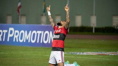 Gabigol aporta un triplete y el Flamengo vapulea al Bahía