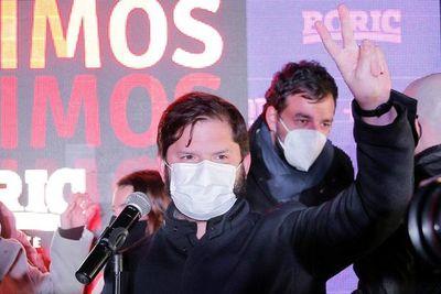 Chile elige candidato presidencial de izquierda a exlíder estudiantil