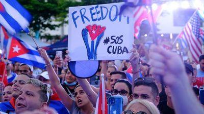 """Cubanos en Miami piden """"acciones concretas"""" para liberar a Cuba"""