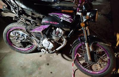 Joven motociclista pierde la vida tras ser arrollado por un camión