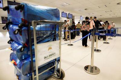 Aerolíneas temen caída de ventas con nueva cuarentena obligatoria