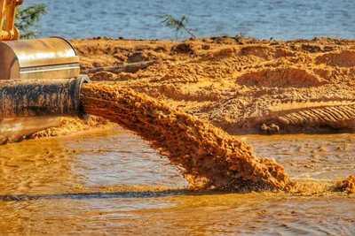 Moderna draga moverá nueve millones de m³ de arena para construir la Costanera Sur