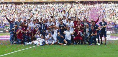 Juan Escobar y Pablo Aguilar suman un nuevo título con el Cruz Azul