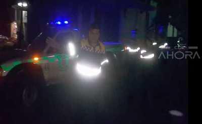 """Policía Municipal de CDE """"BLOQUEA"""" importante avenida para que BORRACHOS tomen CERVEZA"""