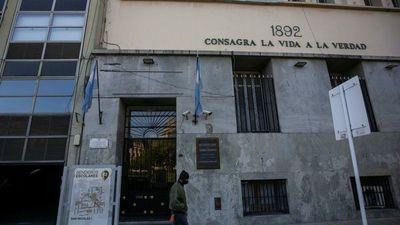 Buenos Aires busca retomar presencialidad total de clases