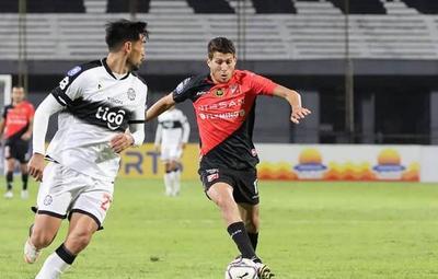 """""""Extrañaba bastante jugar y competir"""", afirmó Hernesto Caballero"""