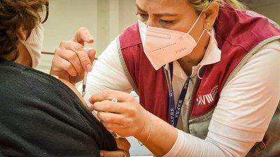 Suspenden vacunación contra el Covid-19 en Concepción por falta de biológicos