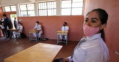 La Nación / Vuelta a clases se daría tras la segunda dosis