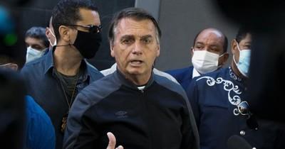La Nación / Bolsonaro recibe el alta y tendrá que seguir dieta