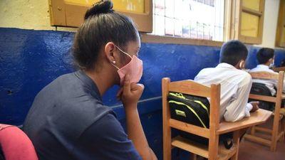 Falta de insumos condiciona vuelta a aulas en setiembre