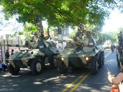 Vehículos blindados circularán por Asunción por Día del Ejército